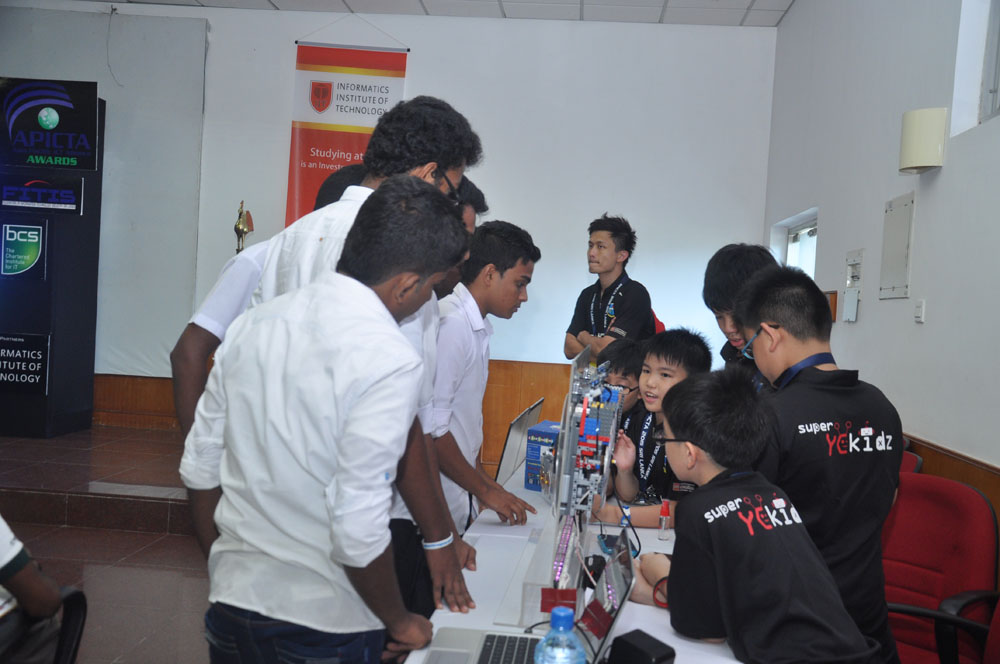 Galerry-2015-Student Workshop at BMICH-58