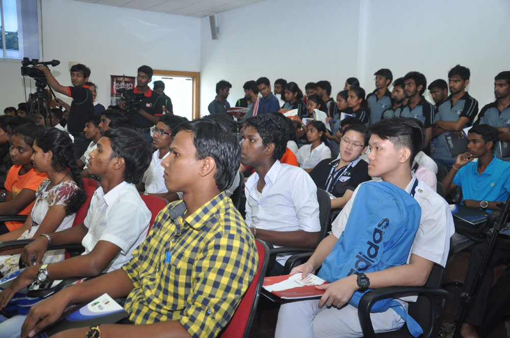 Galerry-2015-Student Workshop at BMICH-61