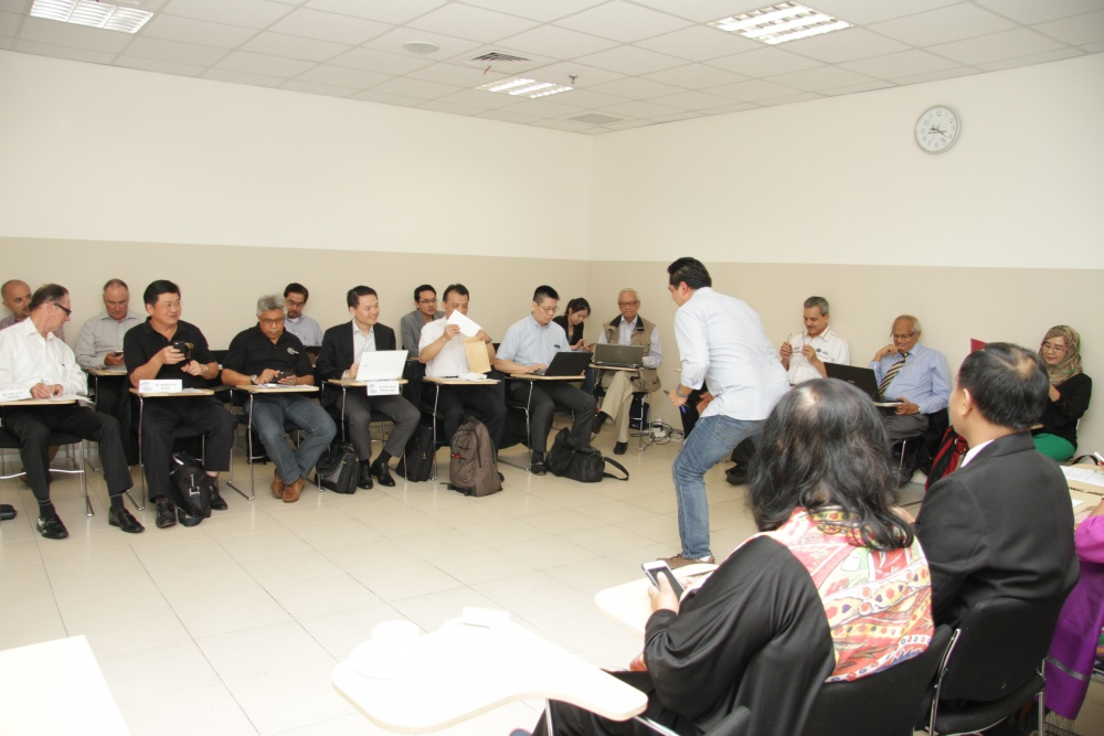 gallery-2014-exco-meeting-6
